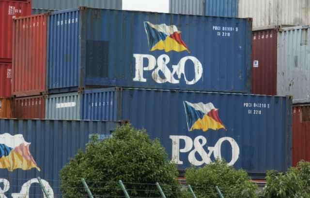 P and O Container Linesのコンテナ。